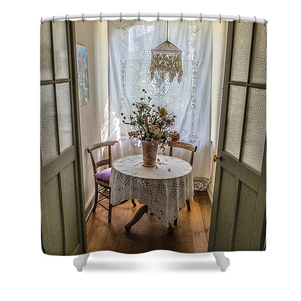 Lacy Alcove Shower Curtain