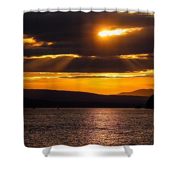 Shower Curtain featuring the photograph Lake Champlain Sunset by Sven Kielhorn