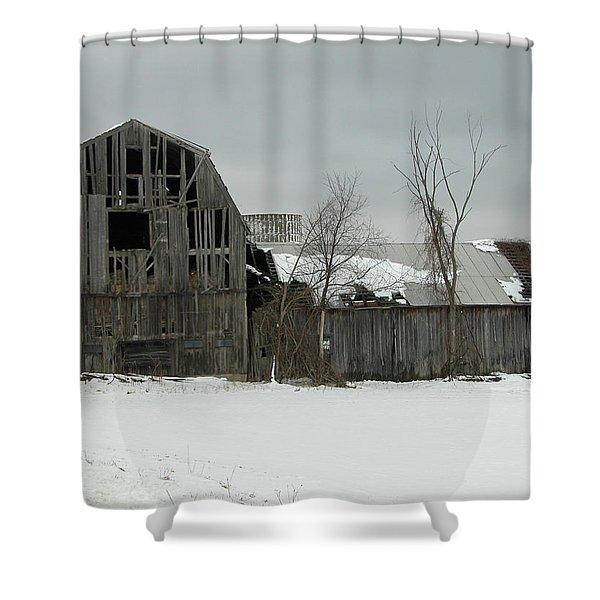Letchworth Barn 0077b Shower Curtain