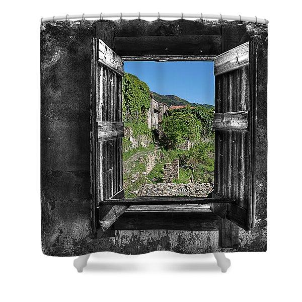 Let's Open The Windows - Apriamo Le Finestre Shower Curtain