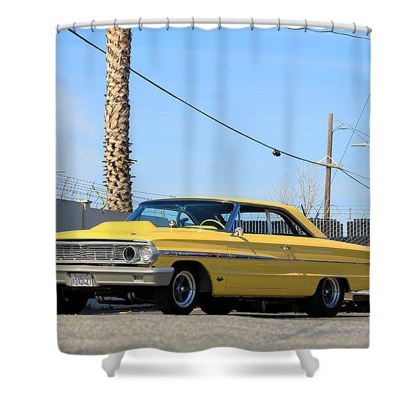 Lightweight 427 Shower Curtain