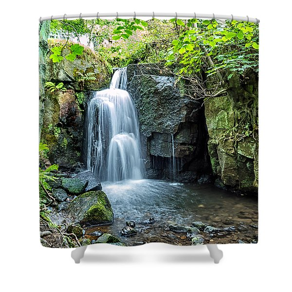 Shower Curtain featuring the photograph Lumsdale Falls by Nick Bywater