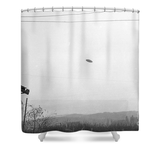 Mcminnville Ufo Sighting, 1950 Shower Curtain