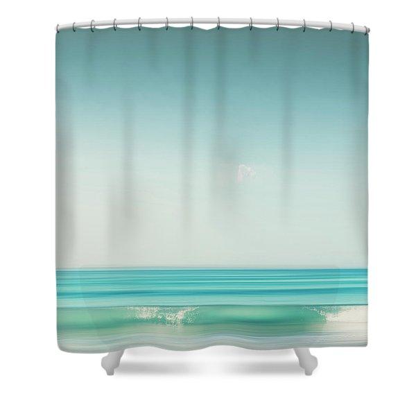 Minimal Wave Shower Curtain