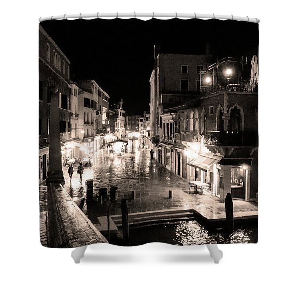 Mysterious Venice Monochrom Shower Curtain