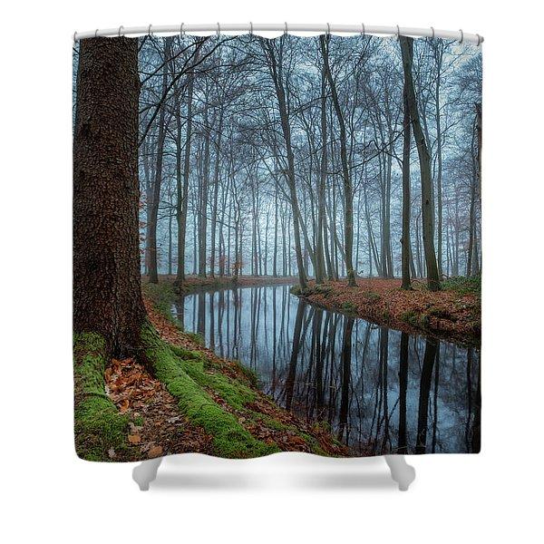 Mystic Voorstonden Shower Curtain
