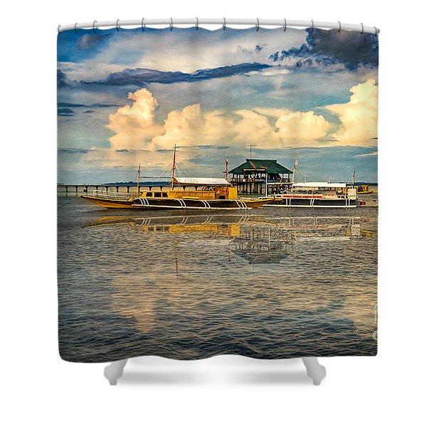 Nalusuan Boats Shower Curtain