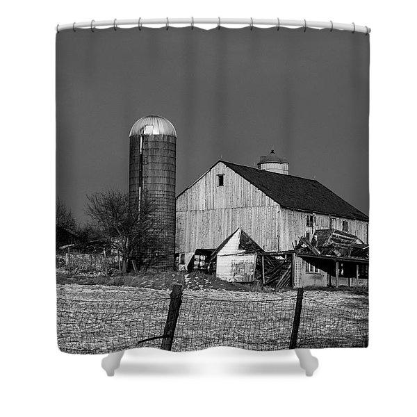 Old Barn 1 Shower Curtain