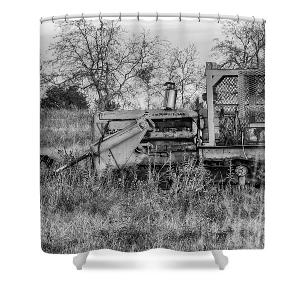Old Cat IIi Shower Curtain
