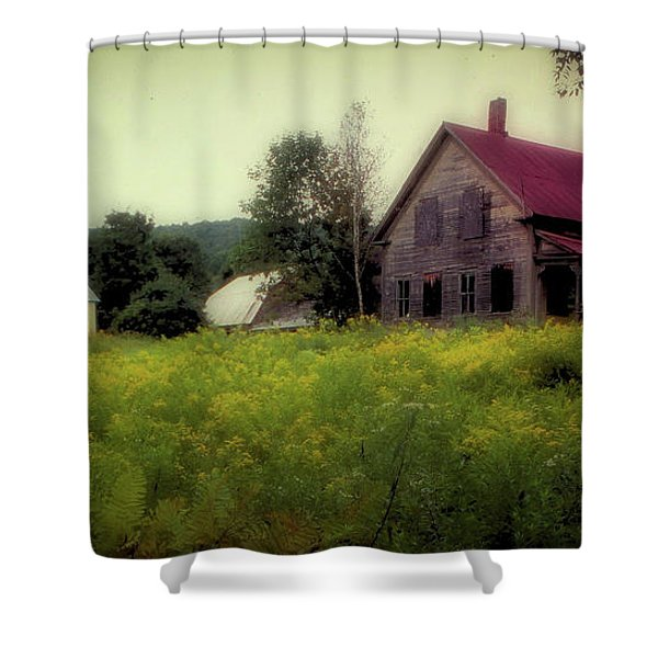 Old Farmhouse - Woodstock, Vermont Shower Curtain