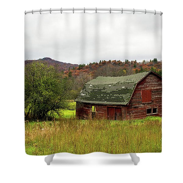 Shower Curtain featuring the photograph Old Red Adirondack Barn by Nancy De Flon
