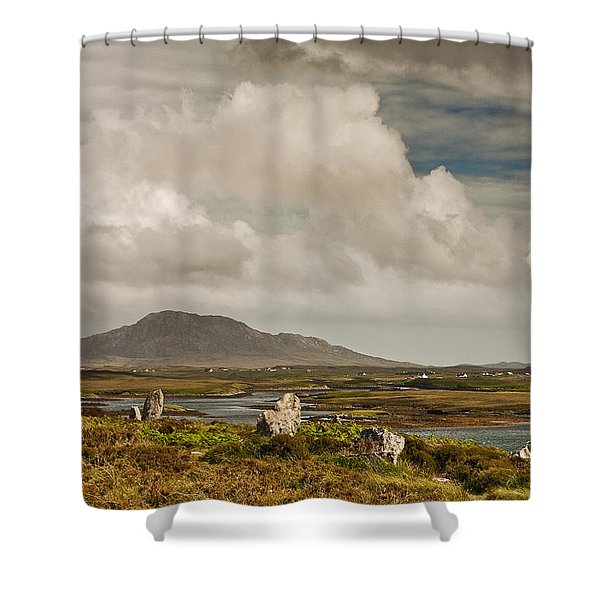 Pobull Fhinn Stone Circle Shower Curtain