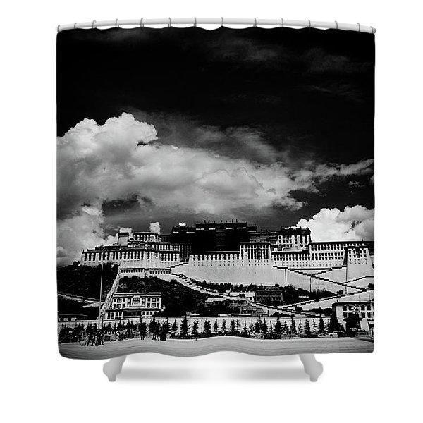 Potala Palace Bw. Lhasa, Tibet. Yantra.lv Shower Curtain