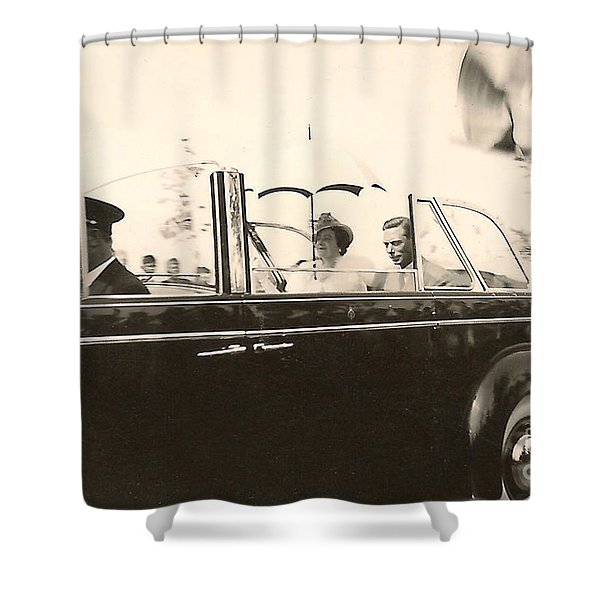 Queen Elizabeth And King George Vi Shower Curtain