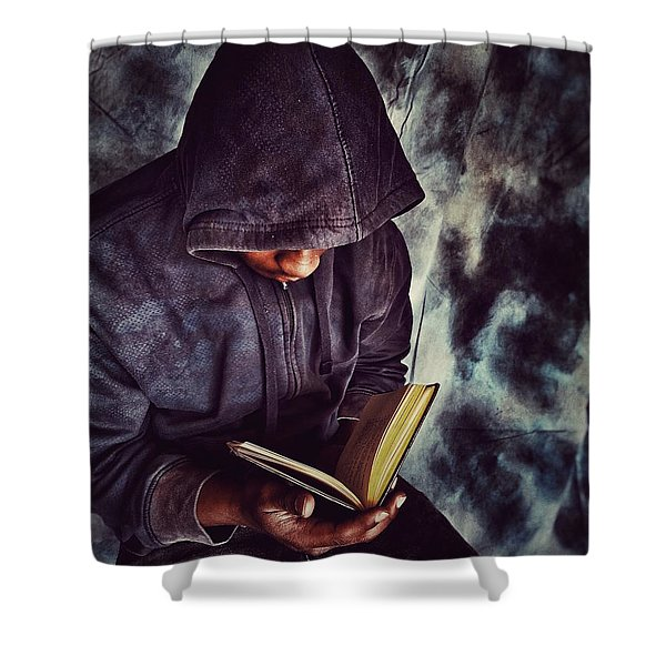 Read And Grow Shower Curtain