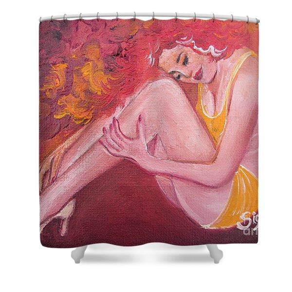 Blaa Kattproduksjoner                   Red Head In Yellow Bathingsuit Shower Curtain