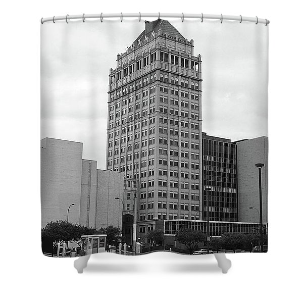 Rochester, Ny - Kodak Building 2005 Bw Shower Curtain