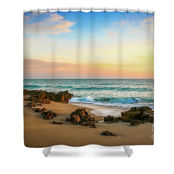 Shower Curtain featuring the photograph Rocky Beach by Tom Claud