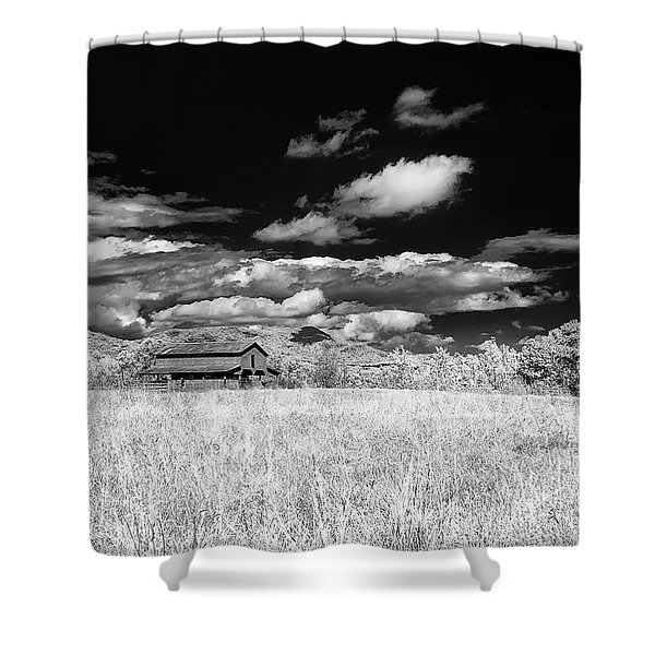 S C Upstate Barn Bw Shower Curtain