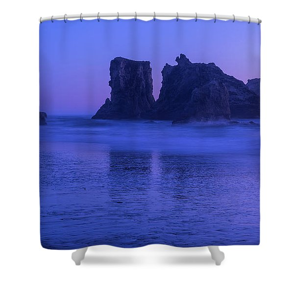 Seastack Sunset In Bandon Shower Curtain