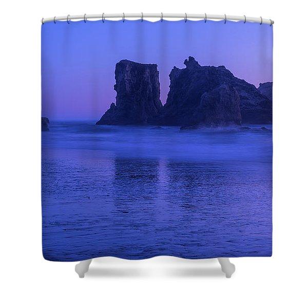 Seastack Sunset In Bandon Shower Curtain