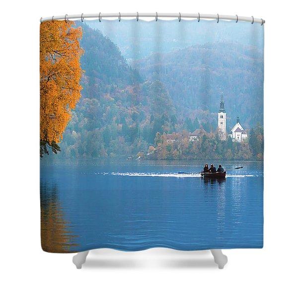 Shorewards Shower Curtain