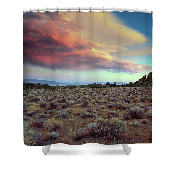 Sierra Crescendo Shower Curtain