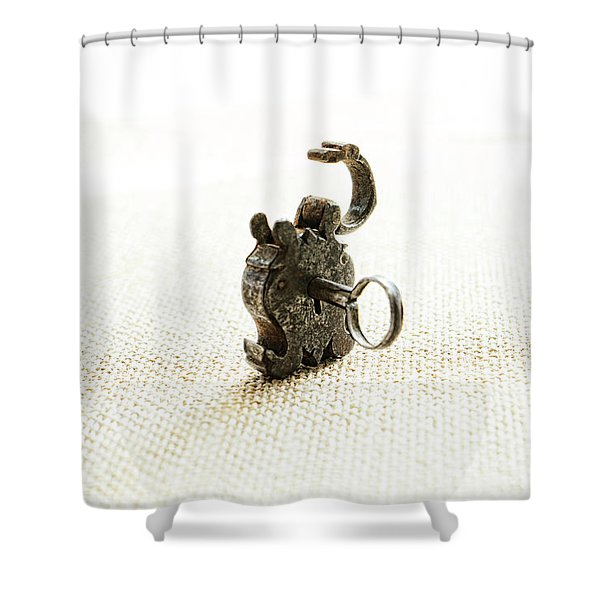 Single And Open Shower Curtain