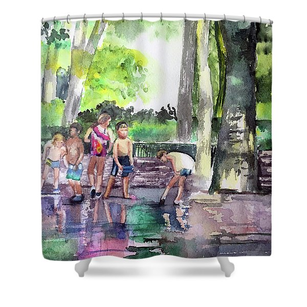 Splash In Battery Park Shower Curtain