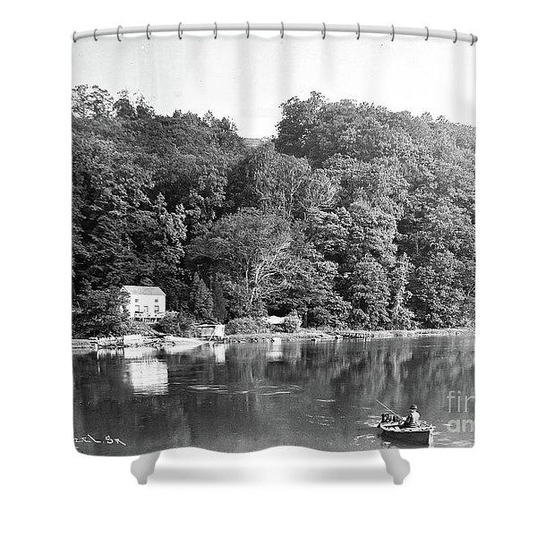 Spuyen Duyvil, 1893 Shower Curtain