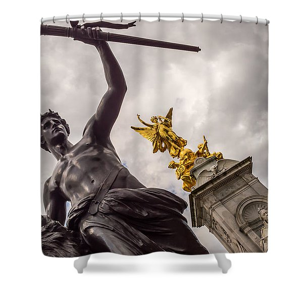 Statues In Front Of Buckingham Palace Shower Curtain