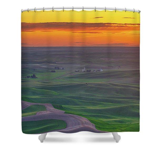 Steptoe Butte Sunset Rolling Fields Shower Curtain