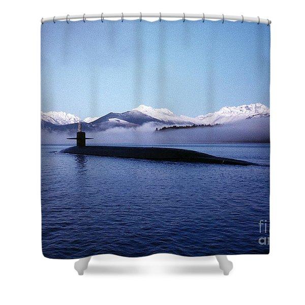 Submarine-us-navy-uss-kentucky Shower Curtain