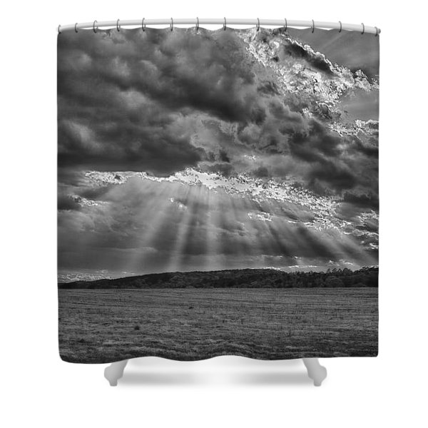 Sun Rays Over Vann's Valley Shower Curtain