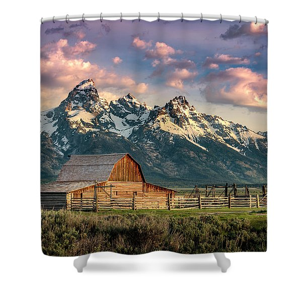 Sunrise In North Moulton Barn Shower Curtain