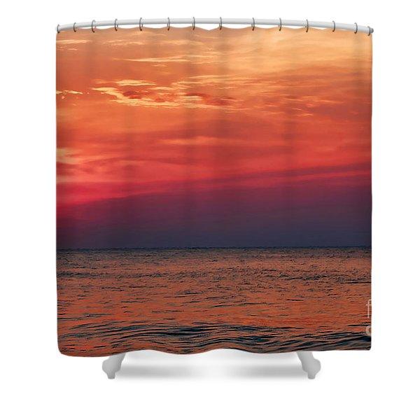 Sunrise Over The Horizon On Myrtle Beach Shower Curtain
