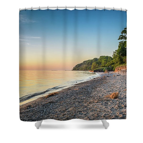 Shower Curtain featuring the photograph Sunset Glow Over Lake by Lester Plank