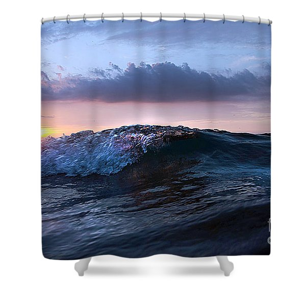 Sunset Wave-wards Beach Shower Curtain
