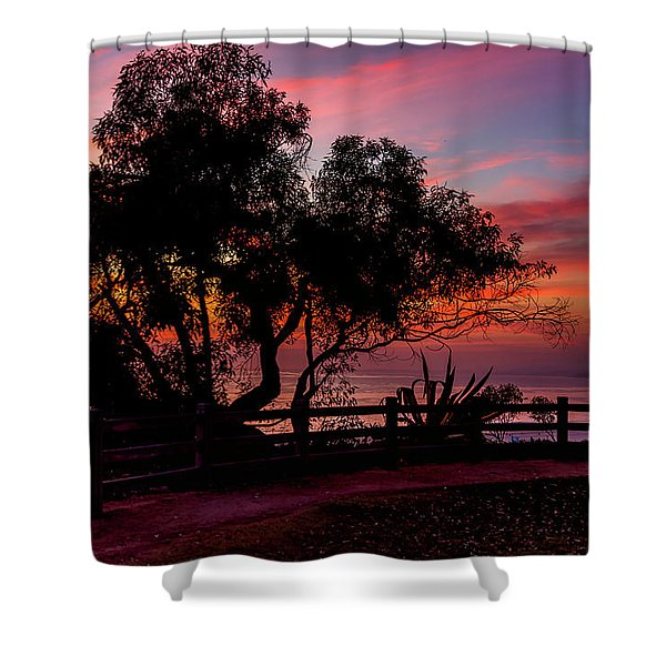 Sunset Silhouettes From Palisades Park Shower Curtain