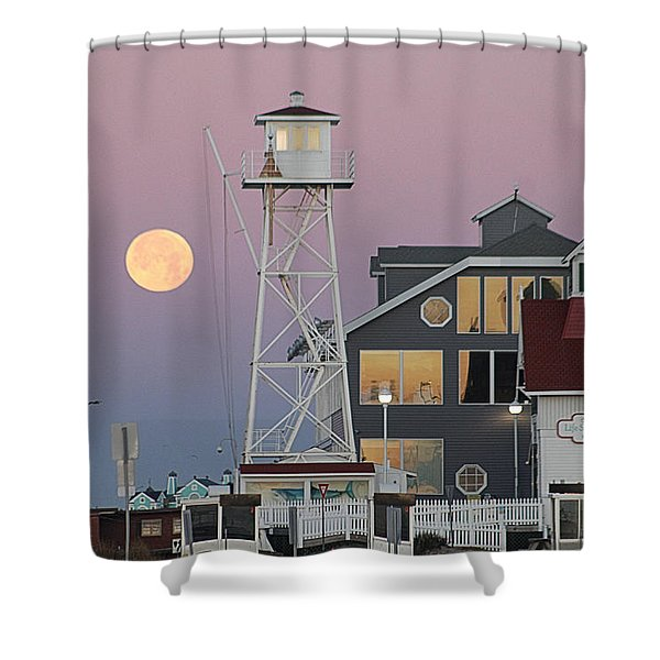 Super Wolf Moon At The Watch Tower Shower Curtain
