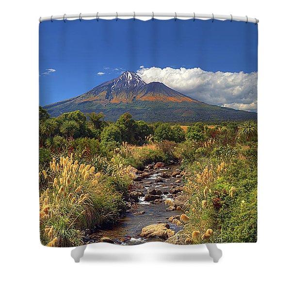 Taranaki Gold Shower Curtain
