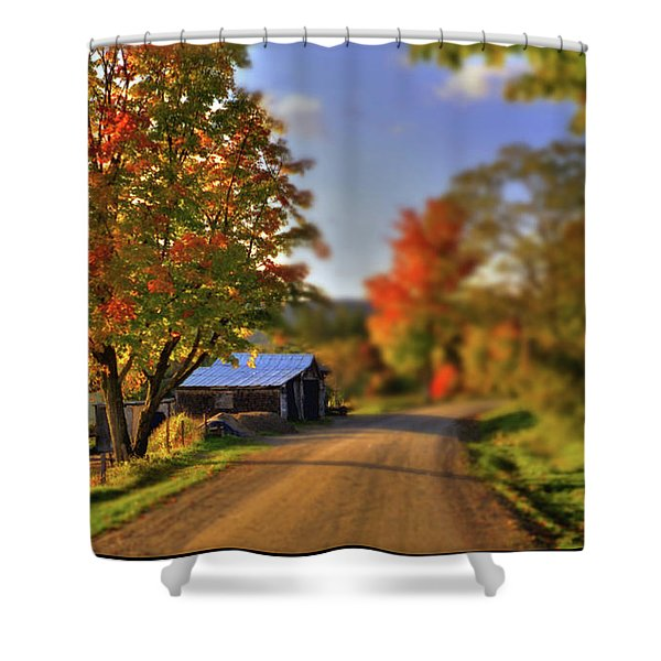 Shower Curtain featuring the photograph The Barn At The Bend by Wayne King