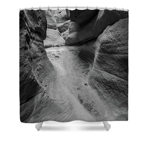 The Narrowing Shower Curtain