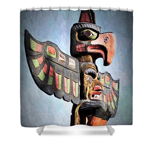 Thunderbird Totem Pole - Thunderbird Park, Victoria, British Columbia Shower Curtain