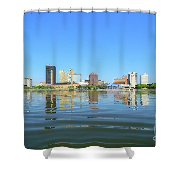 D12u-673 Toledo Ohio Skyline Photo Shower Curtain