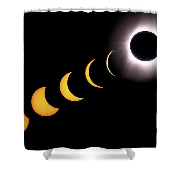 Total Eclipse Sequence, Aruba, 2/28/1998 Shower Curtain