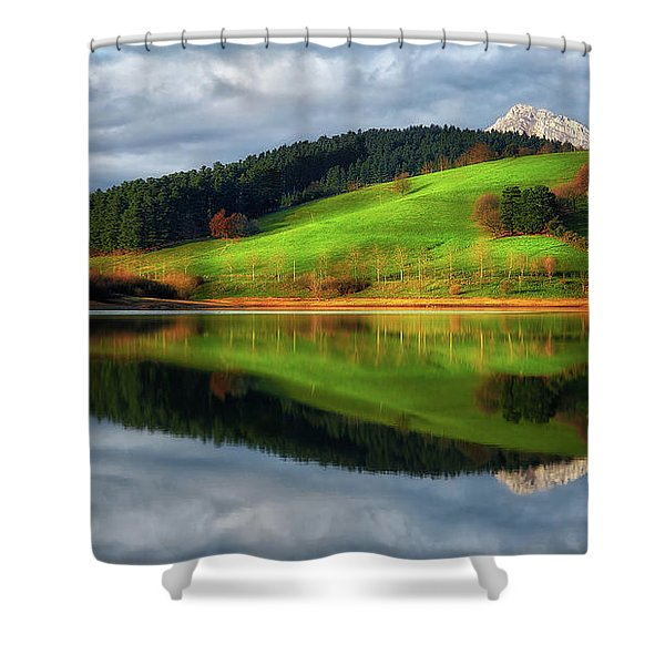 Urkulu Reservoir Shower Curtain