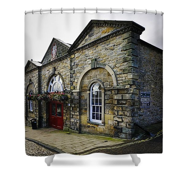Victorian Indoor Market Shower Curtain