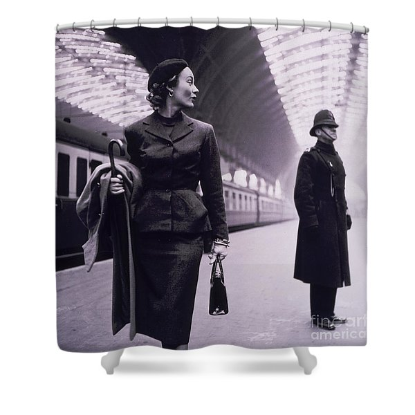 Vintage Fashion Elegant Lady Shower Curtain