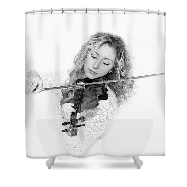Vlada Bw Shower Curtain